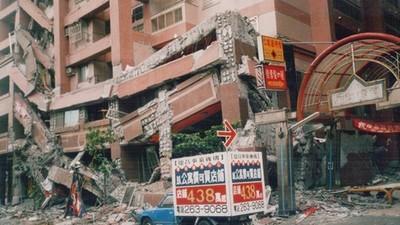「那年我五歲,睜開眼櫥櫃就倒下」 感謝如今有地震警報讓人早點逃
