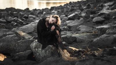女孩穿「全身黑」不只顯瘦! 心理師識破:妳不願受控、渴望獨立