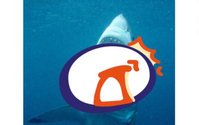 詭異!巨鯊照換角度 竟出現怪笑小丑