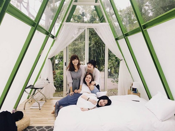 嘉義絕美「星空帳篷」露營 躺在玻璃天窗下聊心事超浪漫