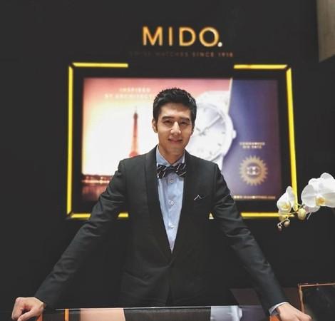 ▲▼胡宇威去杜拜參加MIDO開幕活動。(圖/MIDO美度表)