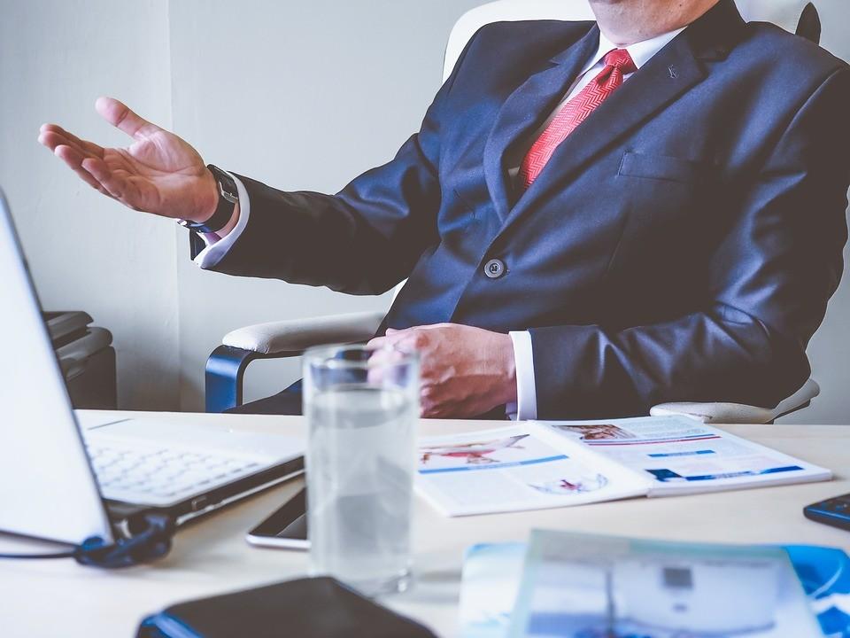 ▲▼上班,老闆,業務,公事,談判,西裝,領帶。(圖/pixabay)