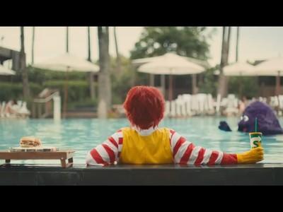 「金拱門」變心電圖 Subway廣告嘲諷麥當勞手滑 網友看完反而想吃M