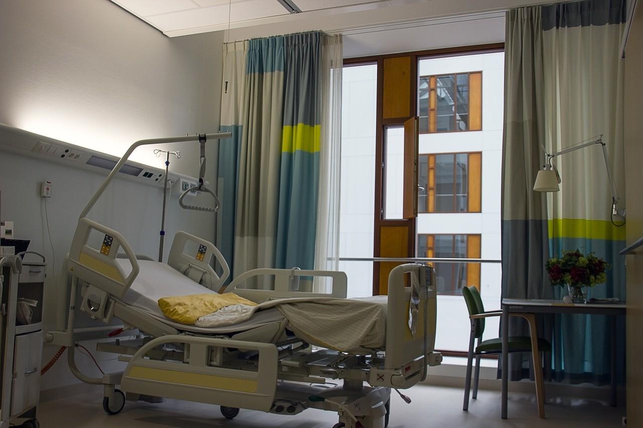 病房,病床。(圖/免費圖庫Pixabay)