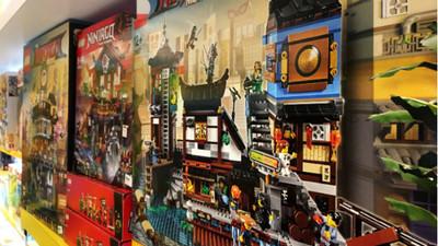 買玩具看出家教! 櫃姐:玩具櫃就是「怪獸與牠們的產地」