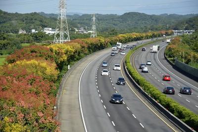 國道通行費欠6.5億!平均年增1.4憶