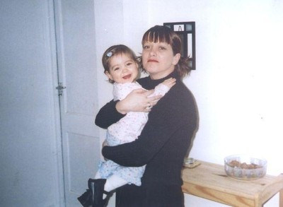 墜死命中註定? 15年前被媽抱著跳樓...倖存女孩詭異複製同死法