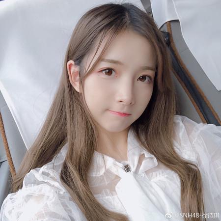 ▲「SNH48」徐詩琪被爆伴遊男粉絲。(圖/翻攝自微博/SNH48-徐詩琪)