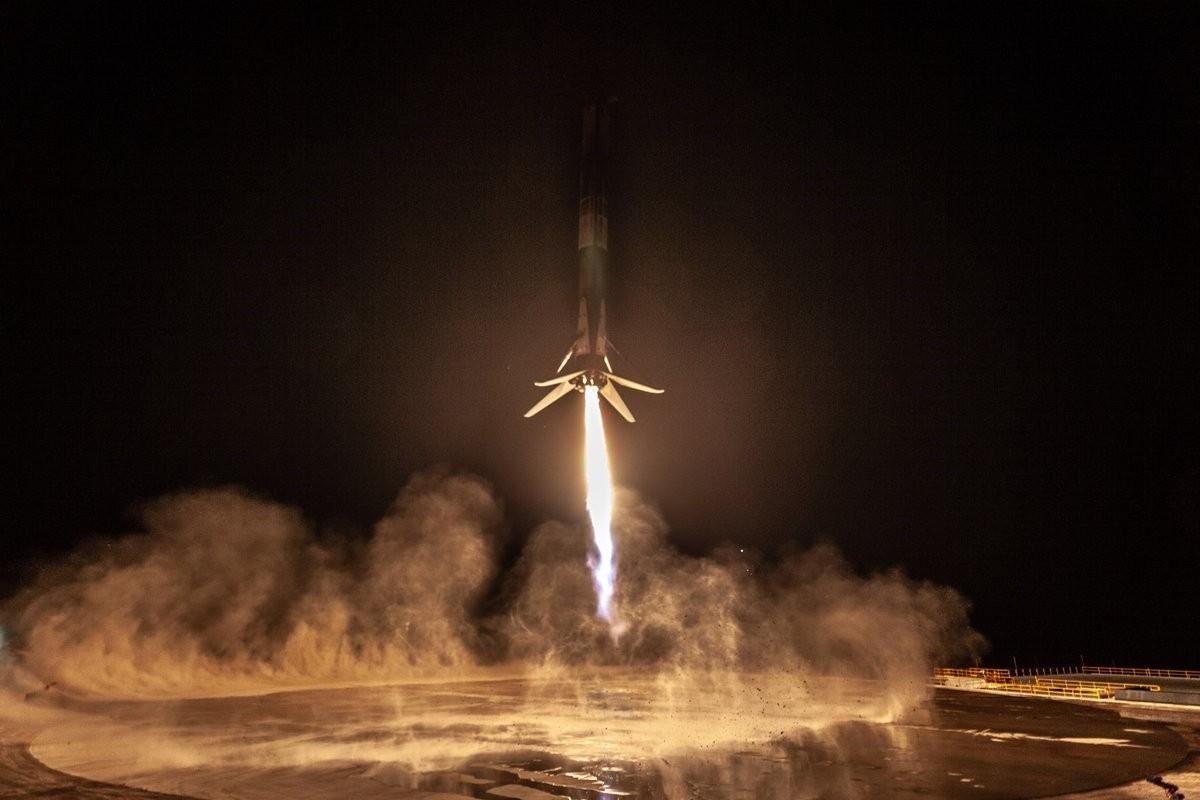▲美國太空探索技術公司「SpaceX」今年第17次發射「獵鷹9號」(Falcon 9)火箭。(圖/翻攝自SpaceX推特)
