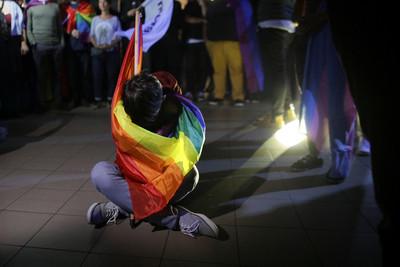 羅馬尼亞反同婚公投投票率低流產