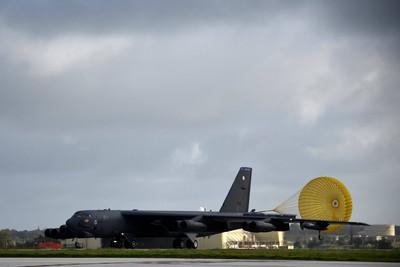 美軍B-52再闖陸東海防空識別區