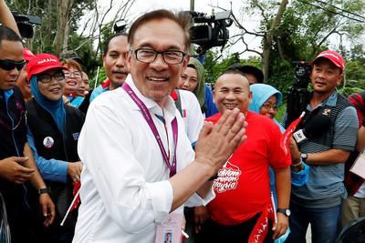 大馬國會補選 前副首相安華大勝