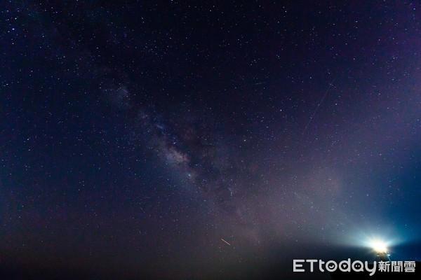 ▲▼星星, 星空, 觀星, 銀河, 旅行一個人慢慢走(圖/記者徐文彬攝)