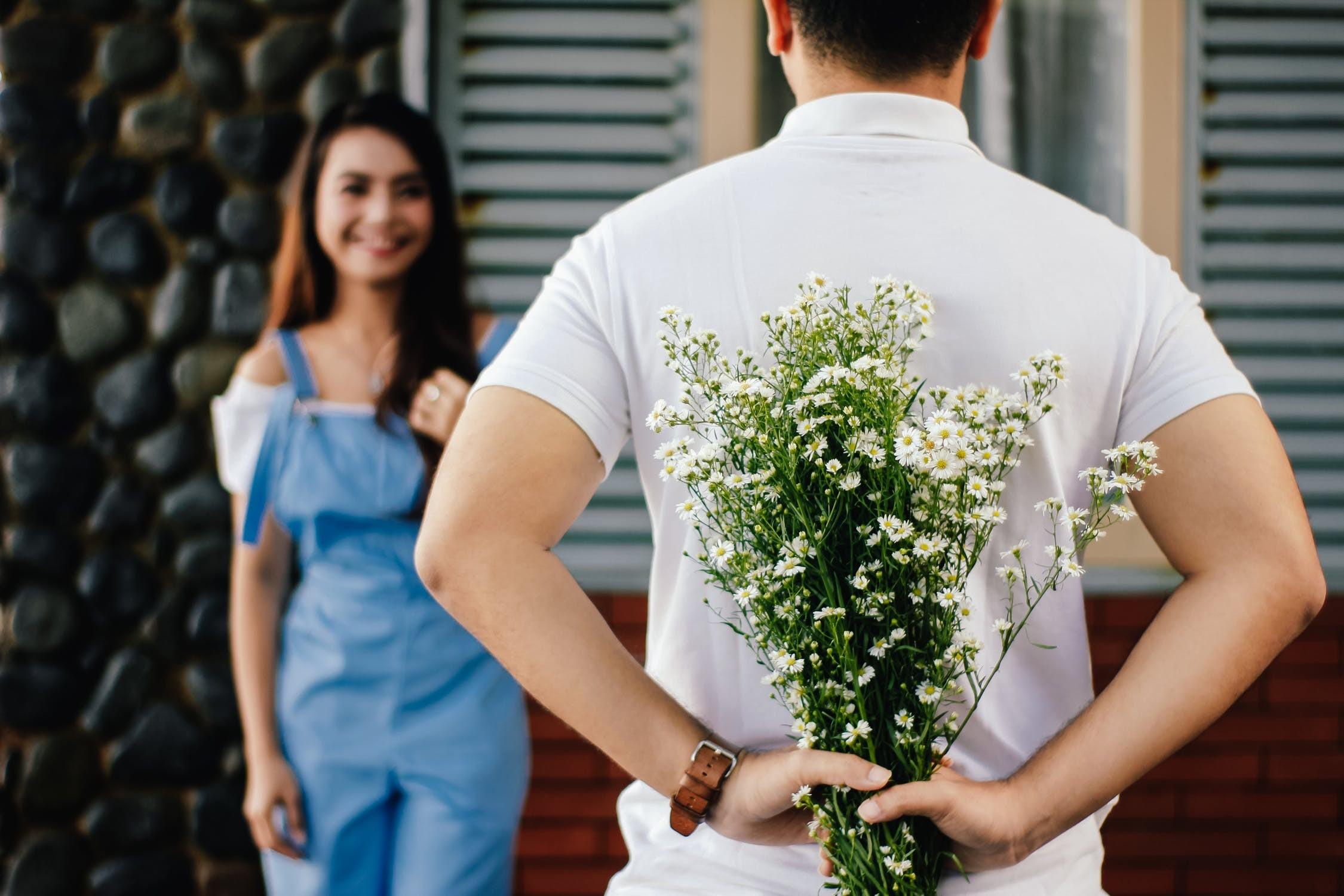 ▲情侶,夫妻,浪漫,甜蜜,戀愛,愛情,感情。(圖/取自免費圖庫PEXELS)