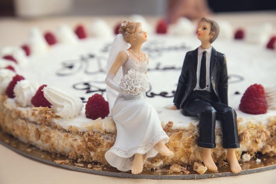 ▲▼結婚,婚禮,新娘,新郎,喜餅,婚宴。(圖/pixabay)