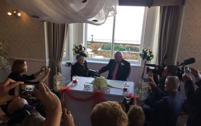 真世紀婚禮 百歲人瑞嫁74歲老公