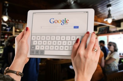 是什麼原因 讓蘋果與Google不得不成為朋友?