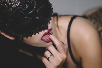 她竊錄性愛片嗆情敵…慘遭雙重打擊!