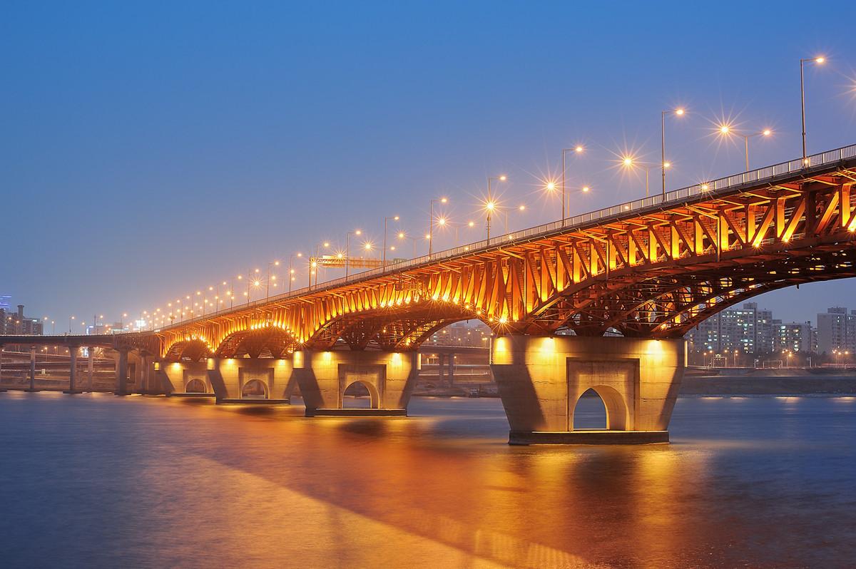 ▲▼現今的首爾聖水大橋(圖/翻攝自南韓論壇Tistory)