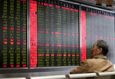 台股盤中漲逾百點!權值股領漲 挑戰上攻10,500點