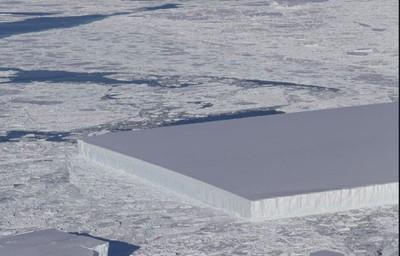 外星人切的?南極驚見直角冰山