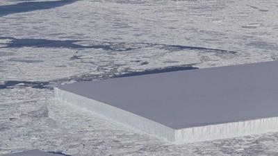 南極驚見「完美長方體」冰山 地科學家:不騙你是自體形成