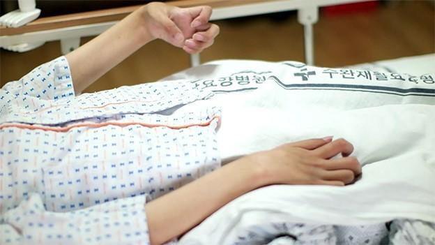▲▼遭受雙重打擊的母子(圖/翻攝自Naver Hapyybean)