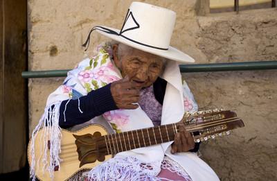 118歲史上第三長壽 玻國奶奶挑戰世界最高齡