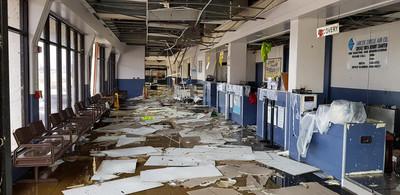 颱風襲擊後 首批滯留陸客撤離塞班