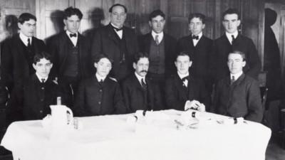 美國食品管理局前身!12紳士地下廚房「試毒五年」 加入先簽切結書