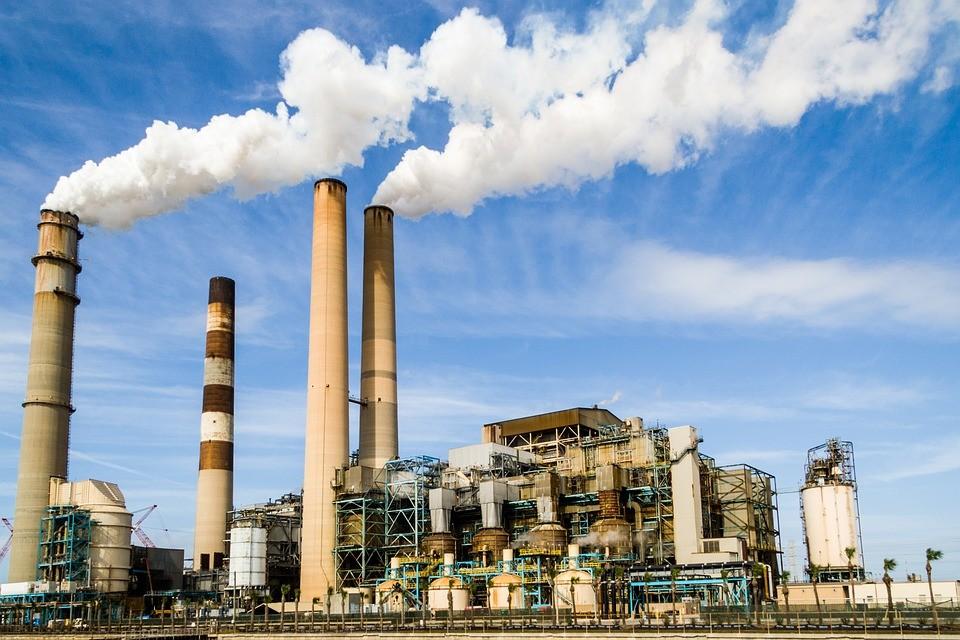 ▲▼工廠,煙囪。(圖/取自免費圖庫pixabay)