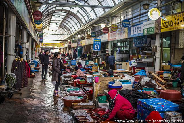 ▲▼韓國傳統市場(圖/取自flickr@EunHo sung)
