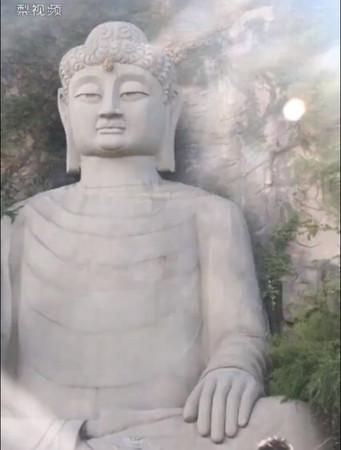 ▲浙江杭州佛像。(圖/翻攝梨視頻截圖)