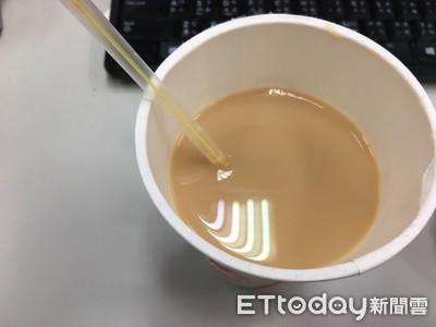 他買熱奶茶店家「投機改單」 網全怒炸