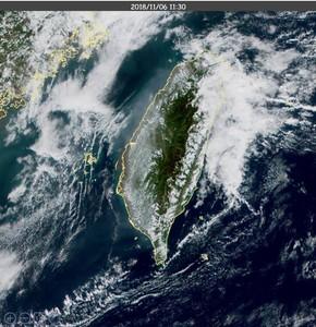 衛星圖出現灰色光影 鄭明典說原因