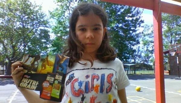 ▲▼澳洲8歲女孩達利亞(Daliah Lee)享用家樂氏(Kellogg`s)穀片時,發現包裝盒上全都是男性的照片,這讓她覺得是性別歧視,因此寫信給企業,希望對方做出改變。(圖/翻攝自Change.org網站)