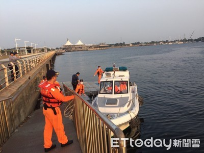 興達漁港發現浮屍 海巡打撈上岸