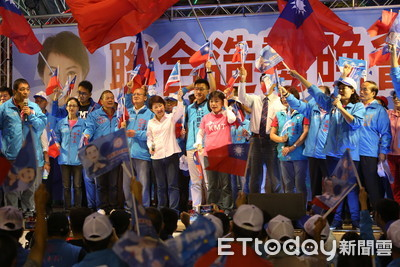盧秀燕、張清照籲民投票改變台中