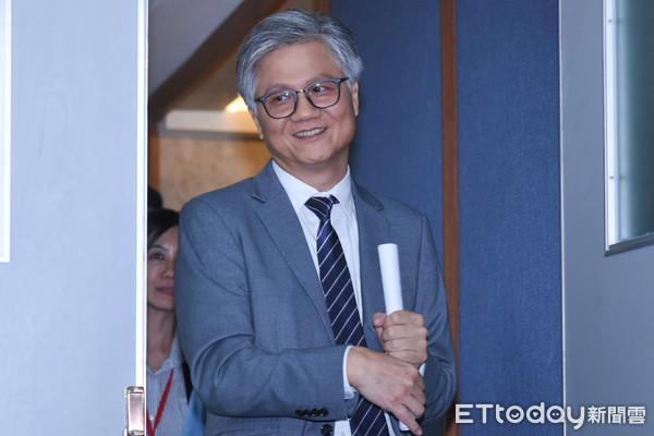 ▲▼台北市長候選人辯論,無黨籍候選人吳蕚洋。(圖/記者林敬旻攝)