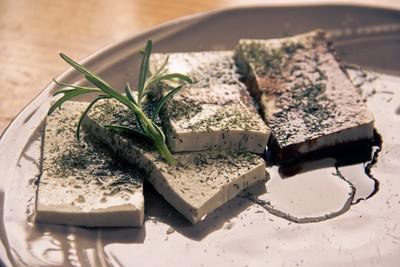 百頁豆腐都是油!醫曝「驚人熱量」