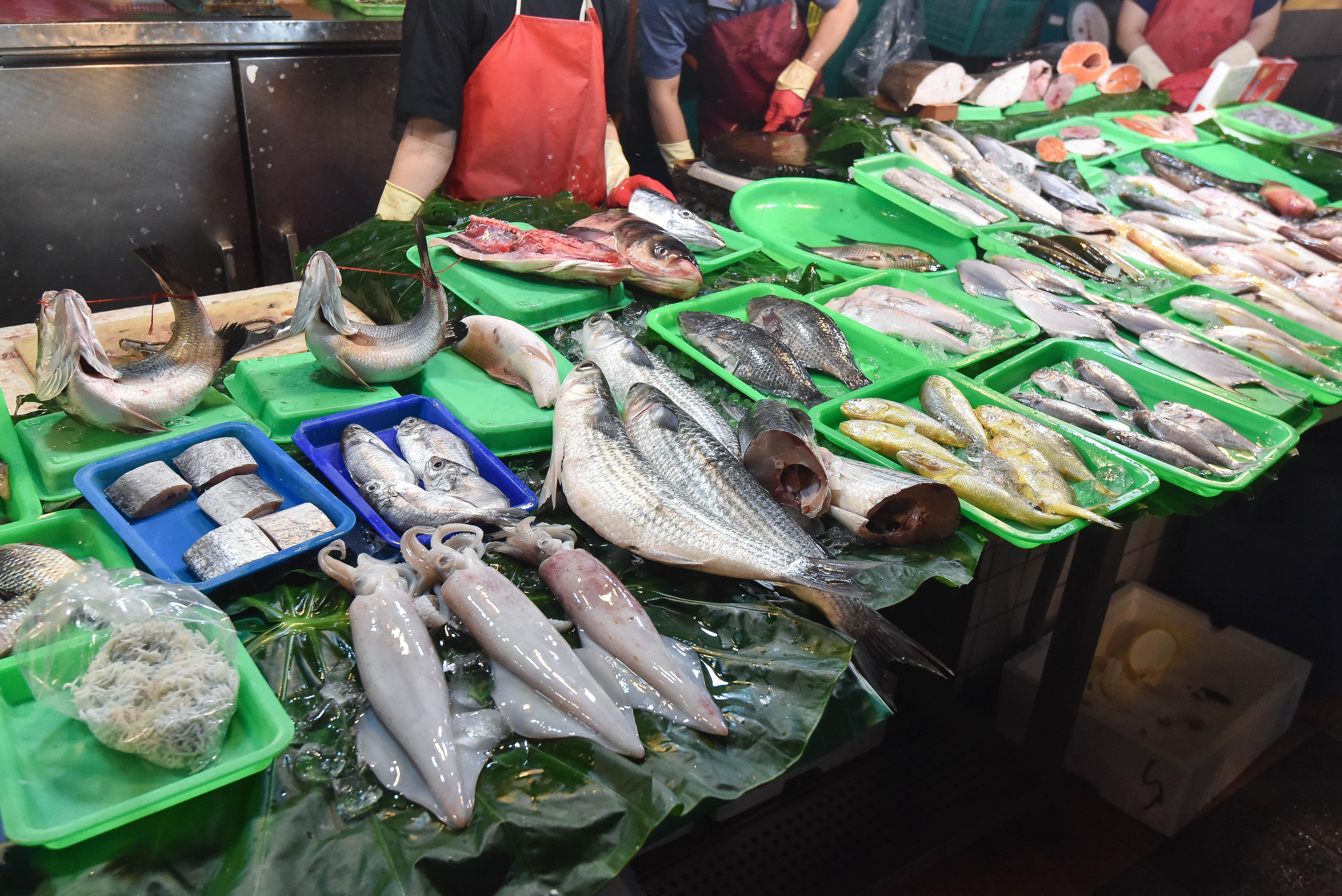 ▲▼魚販,漁獲,海產,傳統市場,海鮮。(圖/記者李毓康攝)