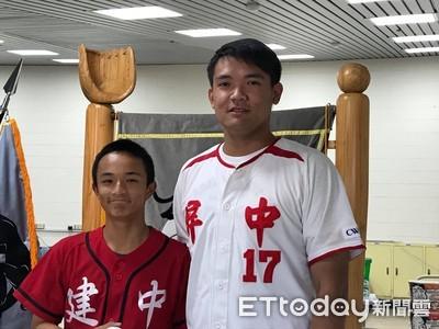 陳韻文為冠軍戰開球 當年怕輸建中