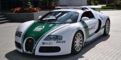 史上最豪華警車車隊在杜拜