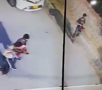 中領事館遇襲 職員反鎖室內保命