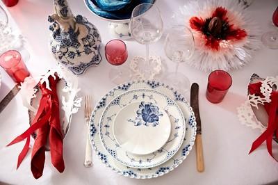 皇家哥本哈根耶誕餐桌把家變花園