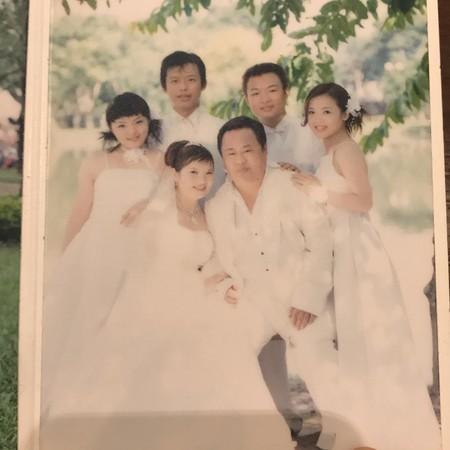 ▲▼徐佳瑩公開隱藏版「無P婚紗」,過往舊照讓她直說快笑死。(圖/翻攝自徐佳瑩Instagram)