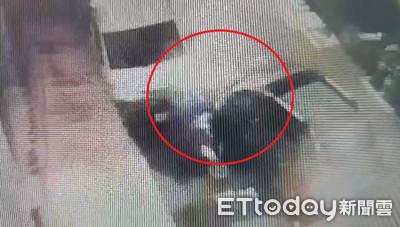 男自殺式攻擊報復 衝撞門口貨車