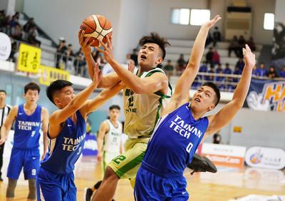 杜譽城、羅傑合功48分22籃板