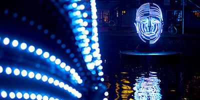 中環光影節擁「25米高的聖誕樹」