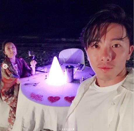 ▲柯佳嬿、坤達結婚1週年。(圖/翻攝自坤達Instagram)